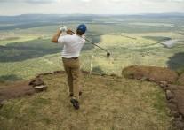 地球上で最も難易度の高いホール 究極のゴルフ体験