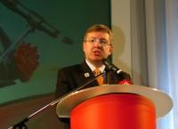 スカウクフェイク観光大臣、TTCの2010年国際会議で南アフリカ観光業の展望を語る